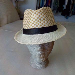 Weaved Tri-Tone Fedor Hat NWOT